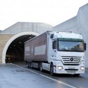LKW verlässt die Einhausung ZederhausQuelle: ASFINAG